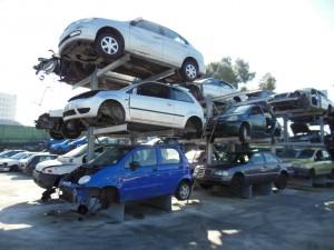 servizio demolizione veicoli